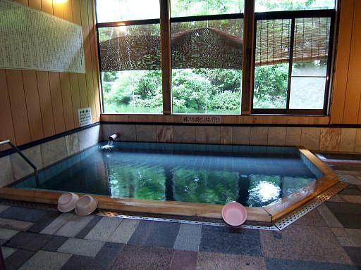白石湯沢温泉 旅館 やくせん: よ...